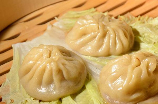 ... New Year with Shanghai Soup Dumplings (Xiao Long Bao) | Tasty Pursuits
