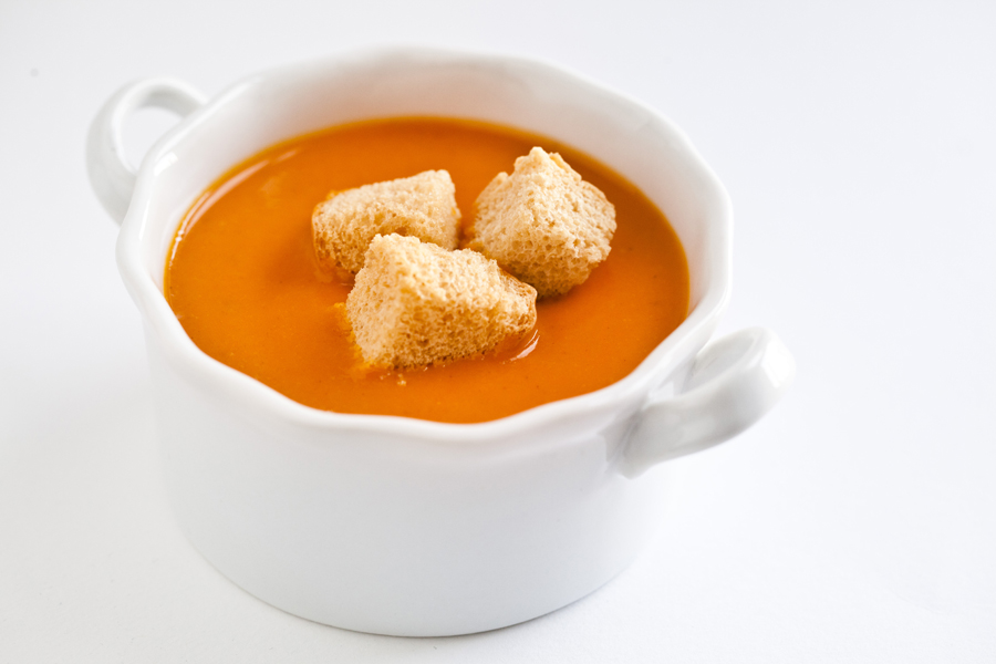 roasted-carrot-soup-2b_1-900.jpg